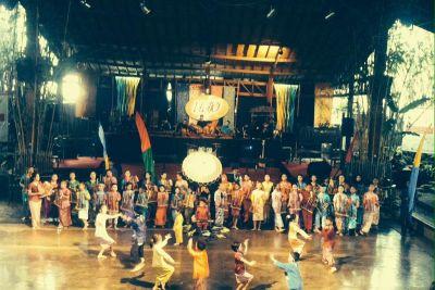 Saun Angklung Udjo, plesovi pod maskama