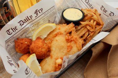 Fish&Chips tradicionalno se poslužuje u novinama