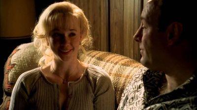 Tony je izbačen iz kuće zbog afere sa Svetlanom, jednonogom Ruskinjom
