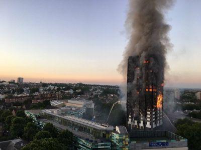 Grenfell Tower: Žalovanje se pretvorilo u ljutnju (foto: Natalie Oxford)