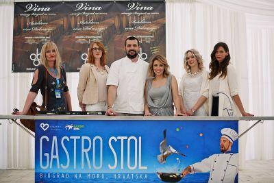 David Skoko i Lana Klingor s curama iz organizacije Gastro stola