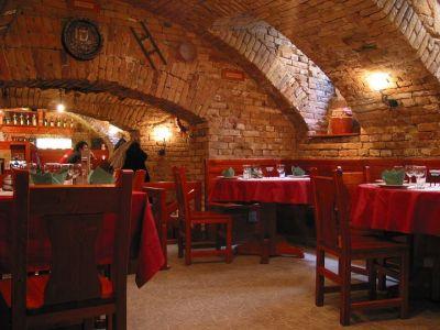 Regős taverna: Gastronomski raj u podrumu
