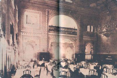 Klasični interijer kavane Kolodvor
