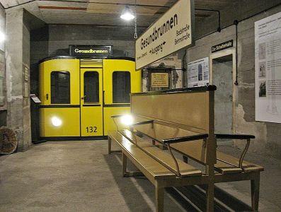 Ulaz u podzemlje kroz vrata vlaka