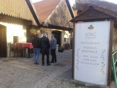 Gastro raskoš kod Josića u Zmajevcu