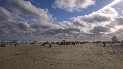Pješčana plaža Ilha Comprida duga 74 kilometra