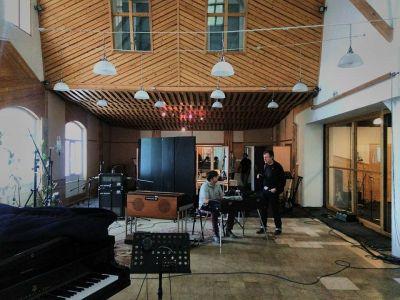 Album je snimljen u praškom Sono studiju