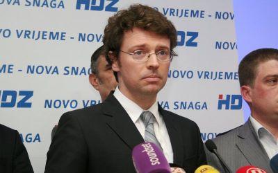 Zbog sramotnog ministra Šustara i miniranja kurikularne reforme prosvjedovalo je 50000 ljudi
