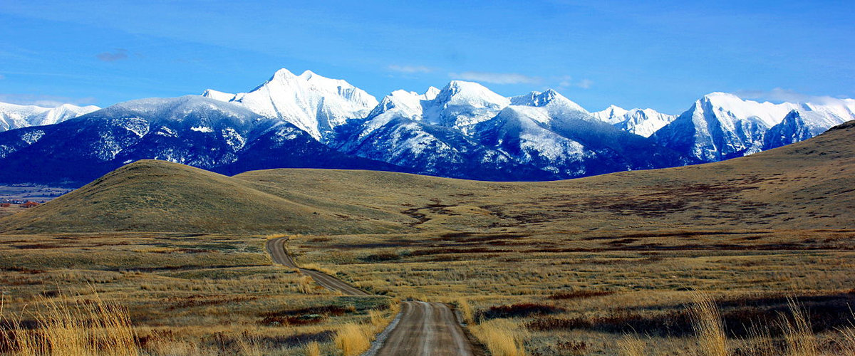Mission_Mountains_National_Bison_Range_Montana.jpg